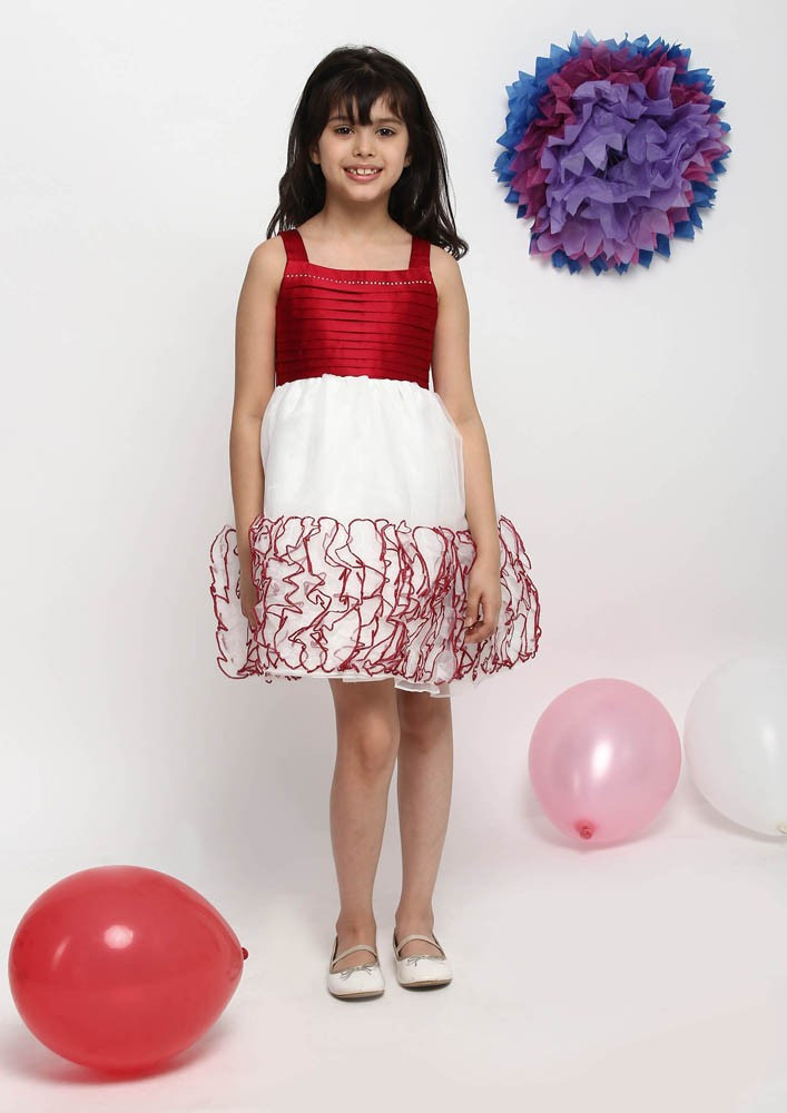 ROSETTE BORDER DRESS
