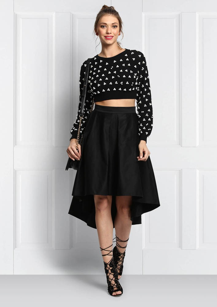 CROPPED SWEATER WITH PEARLS-BLACK