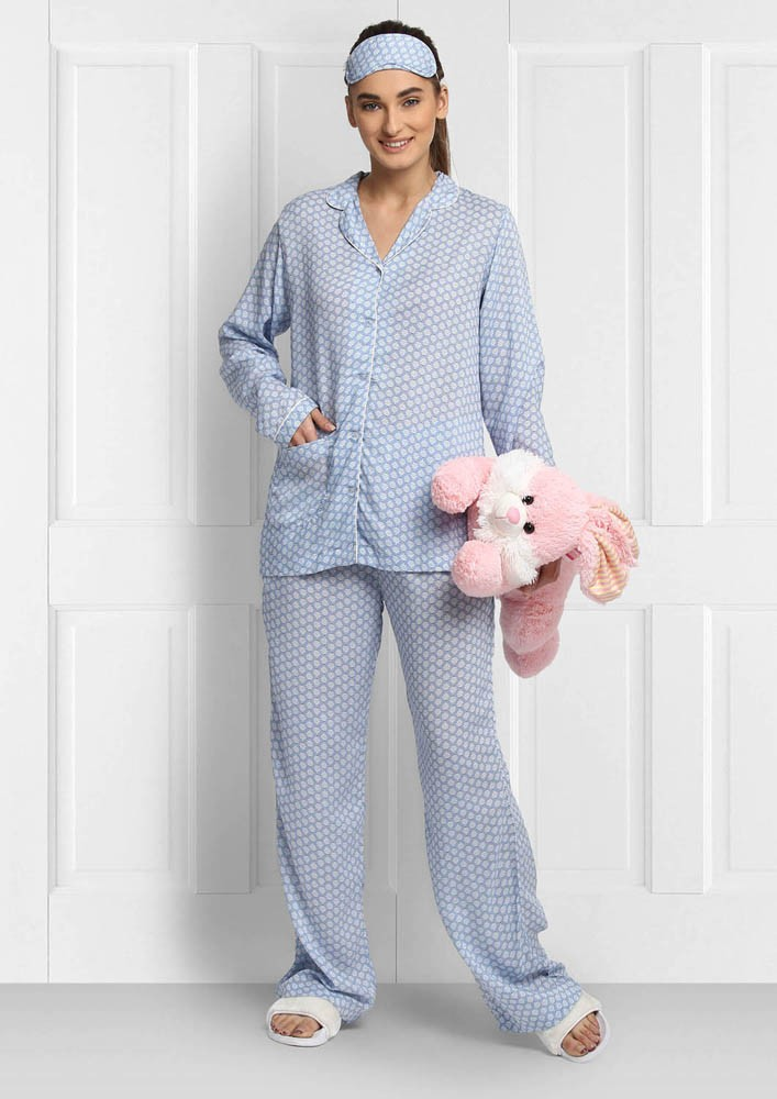 WHITE AND BLUE FLORAL PRINT NIGHTWEAR SET