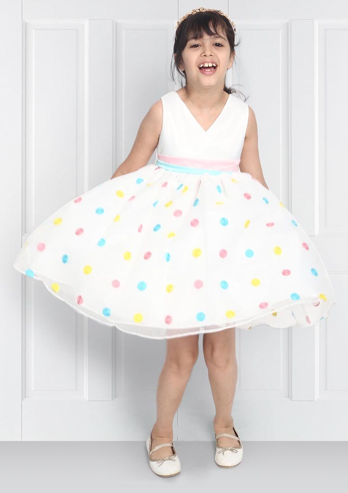 POLKA DOT FLOUNCY DRESS