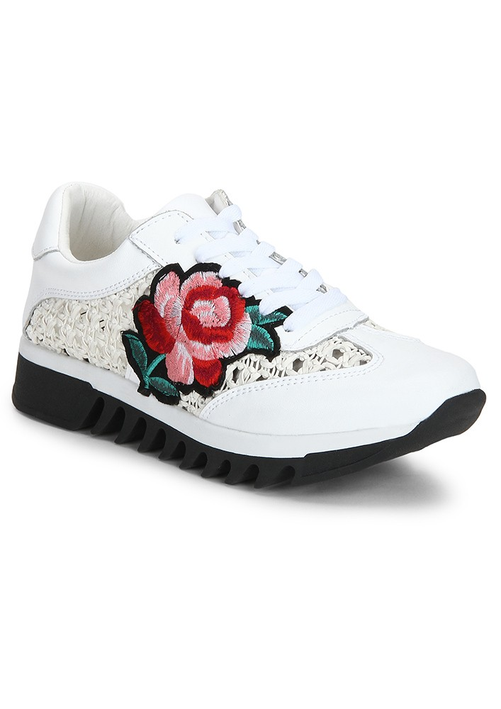 WHITE EMBROIDERED SNEAKERS