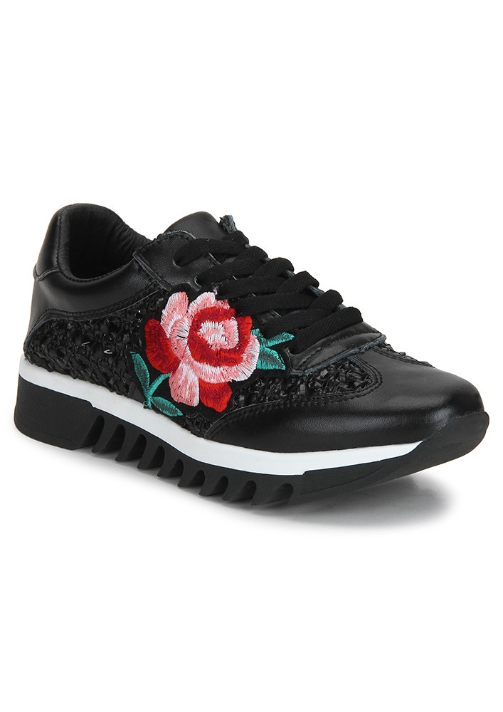 BLACK EMBROIDERED SNEAKERS