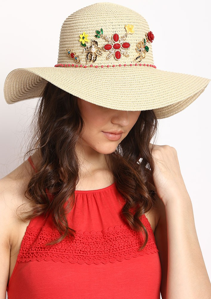 Classic Straw Hat with a twist