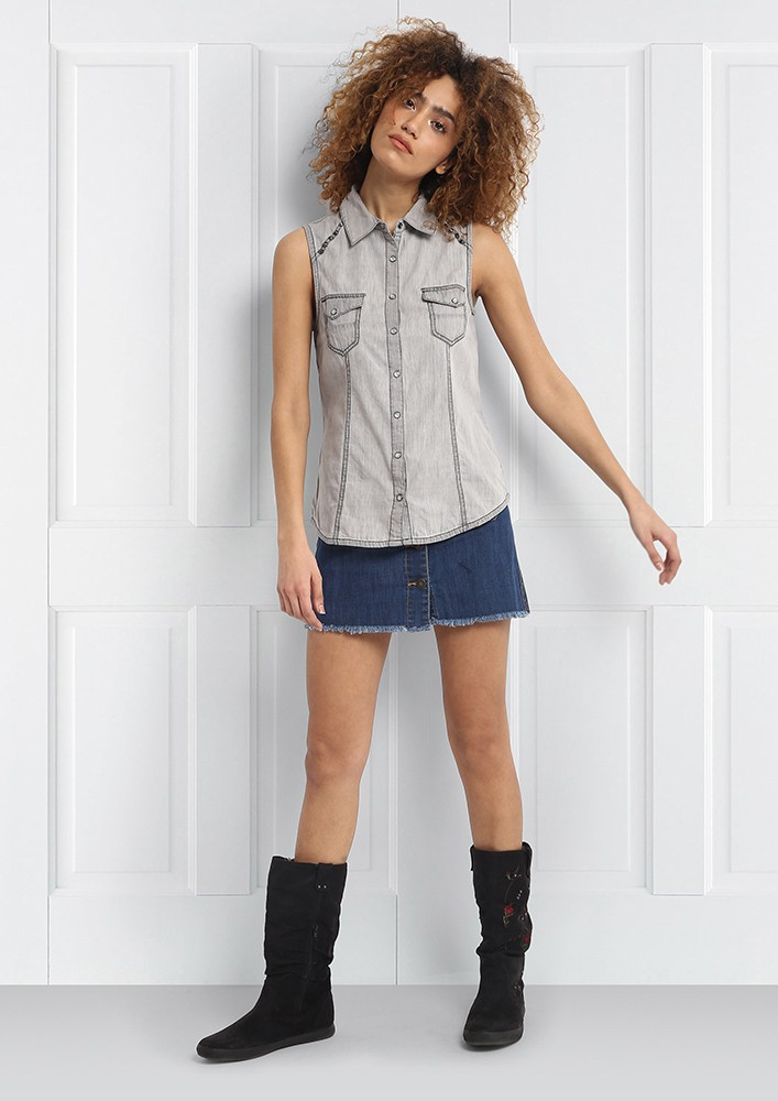 Favorite summer grey shirt